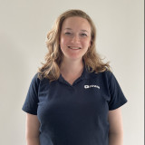 Christine Scott, uddannet dyrlæge